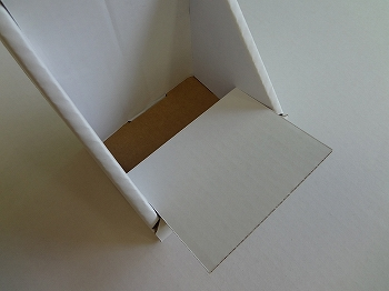 カウンター用ダンボール什器-7.jpg