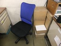 事務所の椅子.jpg